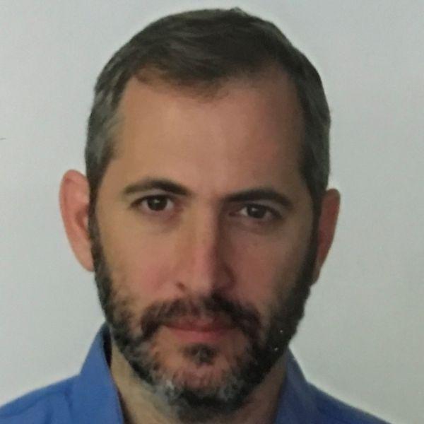 Dr Alex Bahar