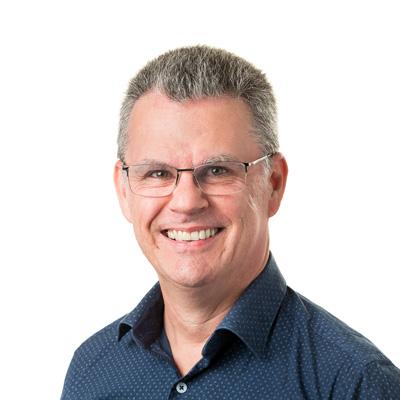 Simon Dennis